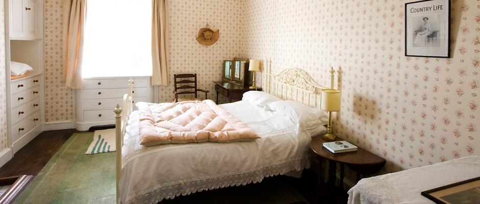 bedroom-940x400